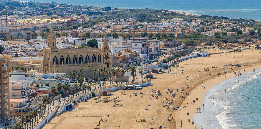 Best beaches in Cadiz: The Regla Beach | Sevilla con los peques